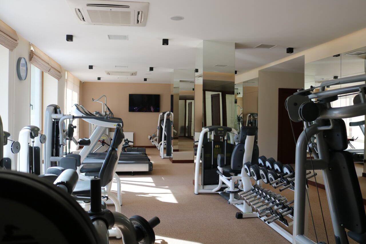 спортивна зала для тренувань в СПА-готелі Бексид на прикарпатті
